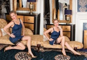 Mrs Huntingdon Smythe - Simple Pleasures