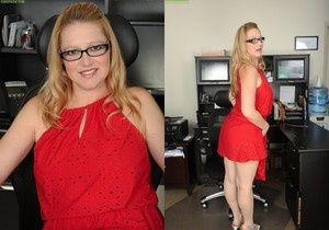 Sable Knight blonde milf with glasses spreads her pussy