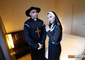 Valentina Sweet - Sister Fuck