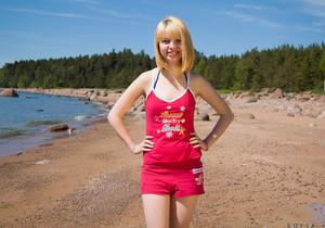 Sofia H naked on the beach - Nubiles