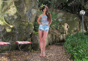 Lorena Garcia outdoors dildo