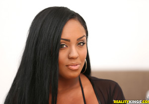 Layton Benton - Butt Boss - Round And Brown