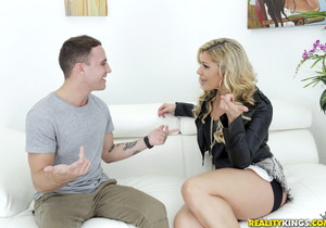 Nikki Capone - Getting It In - MILF Hunter