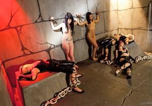 Skin Diamond, Kelly Chaos - Slave Den Orgy