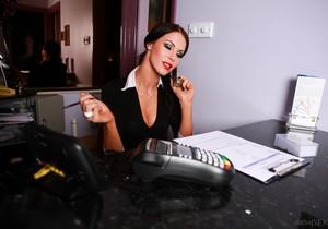 Megan Coxxx - Hotel Voyeur