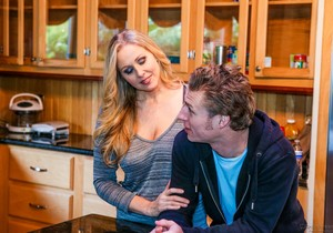 Julia Ann - Milfs Seeking Boys #04