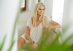 Katie Montana - Daydreaming of Katie - 21Naturals