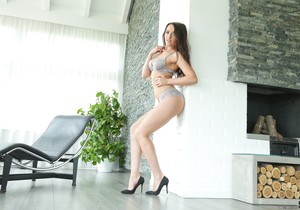Carolina June - Plunging Into Carolina - 21Sextury