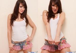 Alexa Brookes - Pink Lace - SpunkyAngels