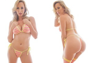 Brett Rossi - Busty Bimbo Talks Filth For 'Daddy'