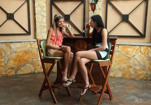 Daniella Rose, Gina Gerson - Petites Play - ALS Scan