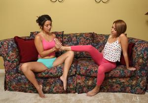 Daisy Haze, Marina Angel - Footsies - ALS Scan