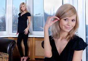 Paloma - Lady In Black - Rylsky Art