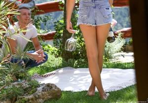 Lou, Ben - Tip-Toeing in the Garden - 21Naturals