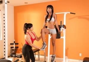 Sarah Banks, Mia Li - A Very Dedicated Trainer