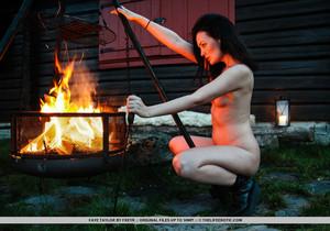 Faye Taylor - Love Camp - The Life Erotic