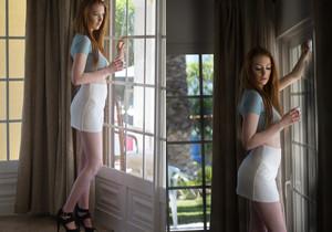 Alice Brookes - Alice In Wonderland - Girlfolio