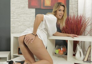 Anna Black likes to tease her pussy - Wet and Puffy