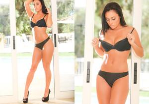 Gianna Nicole - Erotica X