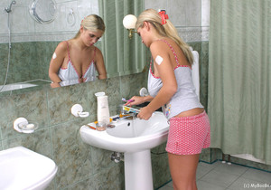 Ones in her private Bathroom - Ines Cudna