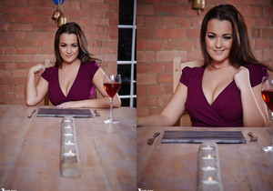 Jodie Gasson - So Whats The Main Course? - More Than Nylons