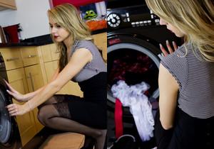 Chloe Toy - Chloe Forgot Something - Hayley's Secrets