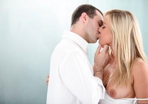 James Deen & Kennedy Leigh - Erotica X