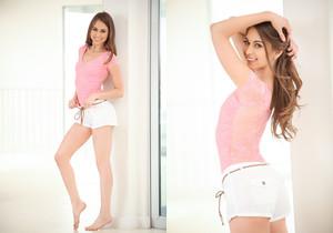 Riley Reid - Erotica X