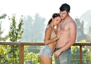 Daisy Haze & Gavin Kane - Erotica X