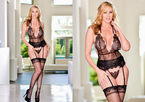Julia Ann - DarkX