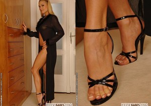 Adriana Malkova - Footsie Babes
