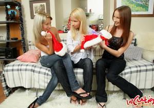 Lesbian Sex with Aliza, Abby & Alisa - Lez Cuties