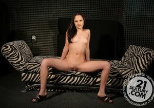 Alesya - 21 Sextury