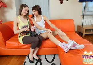 Anal FFM Threesome with Ashley & Larra