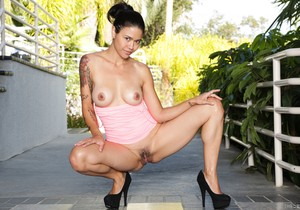 Dana Vespoli - Throated