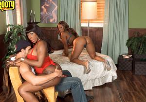 Ms Juicy, Kelly Starr, Skyy Black - The Thong Team