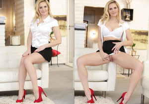 Daisy Lee, Lily Shine - Blondes & Toys
