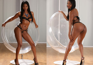 Stunning ebony babe loves to piss on camera - Wet and Pissy