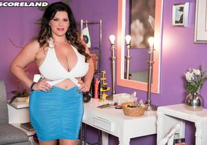 Angelina Castro - Miami Mami - ScoreLand