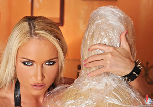 Britney, Kathia Nobili - Licking of the heels [Part 1]