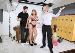 Kiki Daire, Lucas Frost - Seduced By The Boss's Wife #08