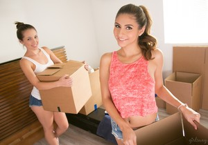Jenna Sativa, Nina North - Moving Day: Part One