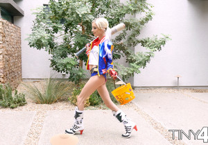 Piper Perri - Harlequin Halloween - Tiny 4K