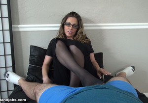Sienna Lopez - Demanding Boss Milks Her Intern