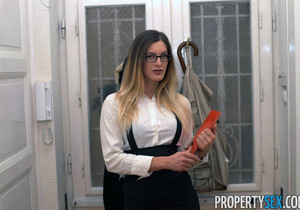 Mira Sunset - Property Sex