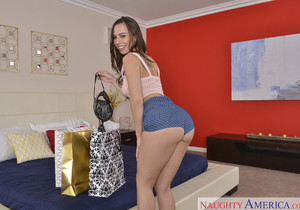 Aidra Fox - Housewife 1 on 1