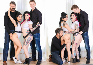 Double Anal FTW - Joanna Angel & Holly Hendrix
