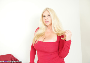 Karen Fisher: Get Milked POV - Over 40 Handjobs