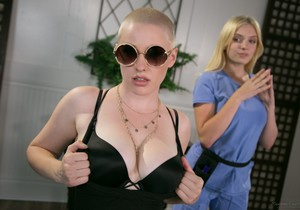 Riley Nixon, Giselle Palmer - The Actress