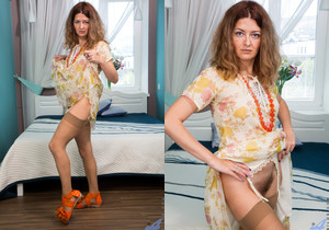 Helena Volga - Mature Plays With Toys - Anilos